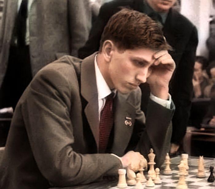 Kỳ thủ giỏi thường chơi cờ từ rất sớm